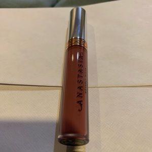 Other - Anastasia Beverly Hills liquid lipstick in poet